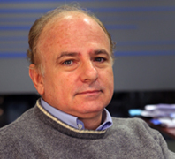 """Aníbal Ollero, asesor científico de CATEC, nominado a los premios """"European Leadership Awards"""" por el desarrollo del primer robot manipulador aéreo"""