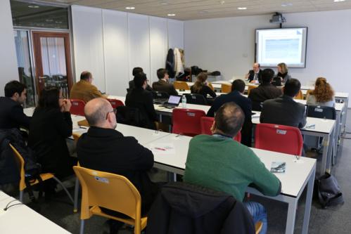 Asesoramiento y colaboración tecnológica con empresas para fomentar la participación de la industria en programas de I+D