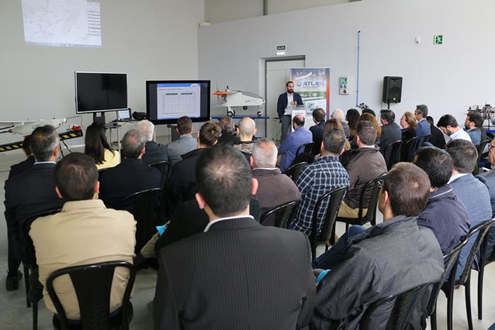 El Centro ATLAS acoge una jornada de vuelos con UAS para su uso en operaciones de extinción de incendios y transporte de medicamentos