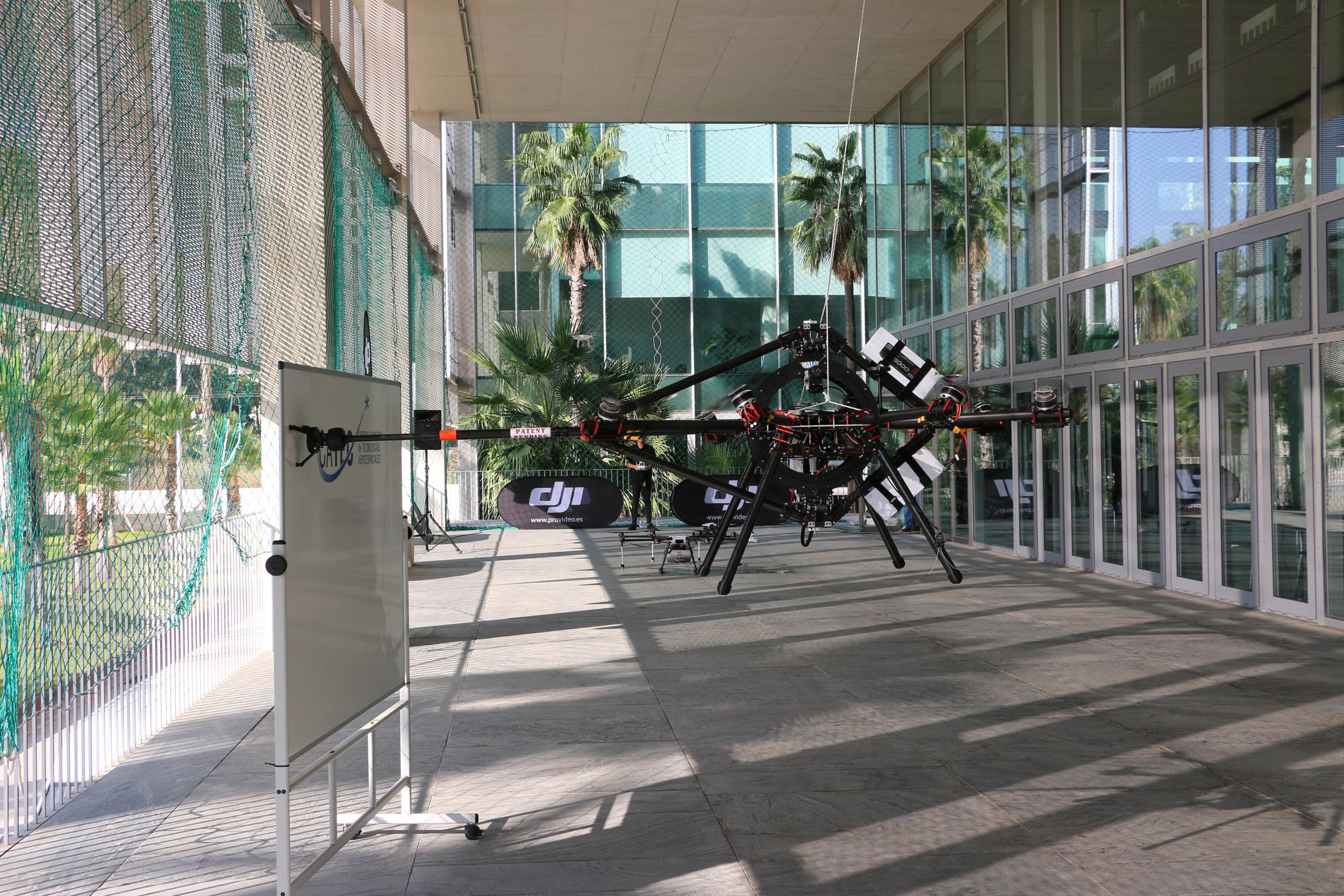 Una jornada de vuelos en el Centro ATLAS clausura el Congreso UNVEX ECO-AGRO sobre la aplicación de drones al sector de la agricultura y el medio ambiente