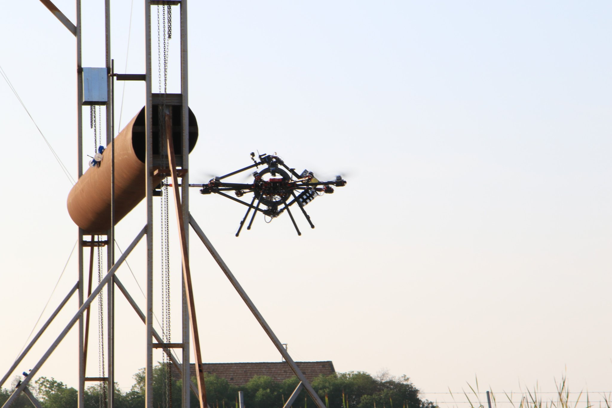 Una delegación de la Comisión Europea visita Sevilla para evaluar los avances del proyecto AEROARMS