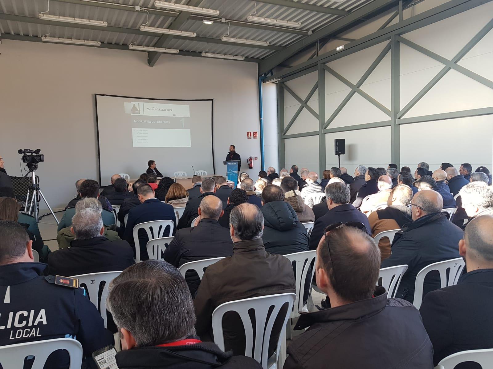 ATLAS acoge la primera demostración aérea en España de un sistema de seguridad anti drones para detectar y neutralizar amenazas de peligro