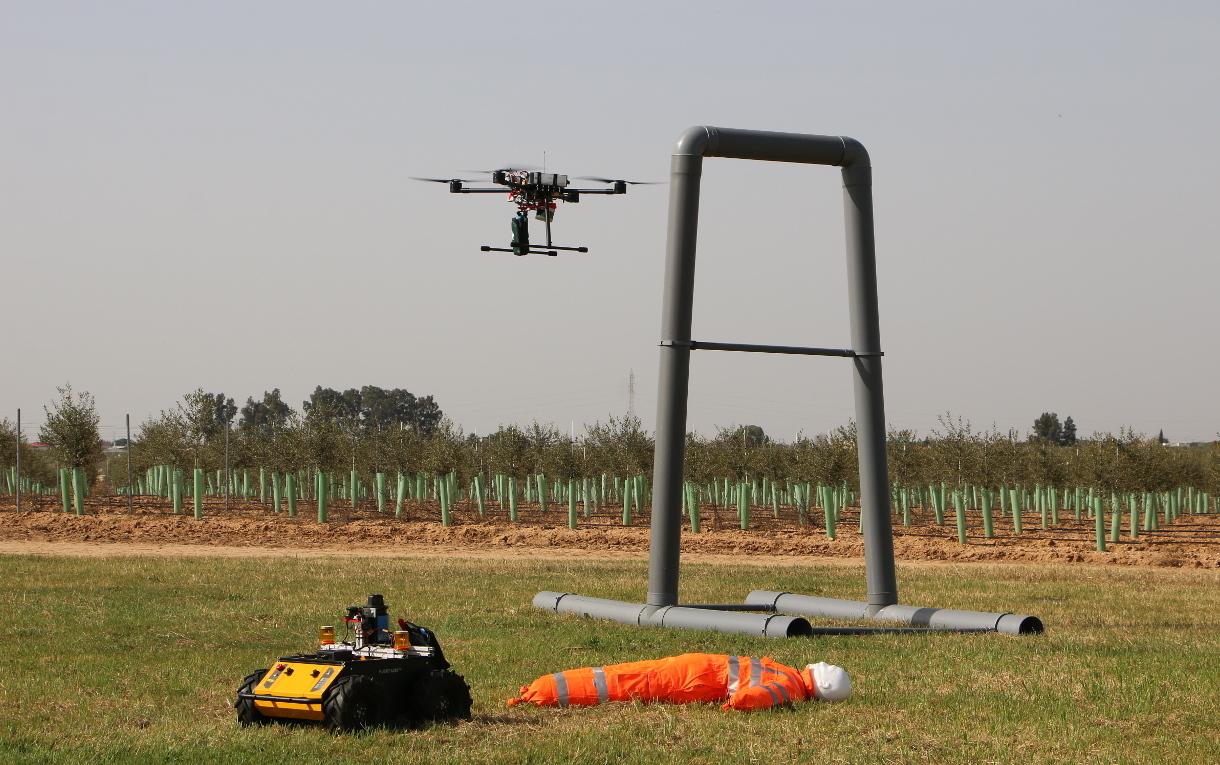 Universidades y centros de investigación internacionales participan en Sevilla el II Torneo de Robots de Emergencia de la European Robotics League